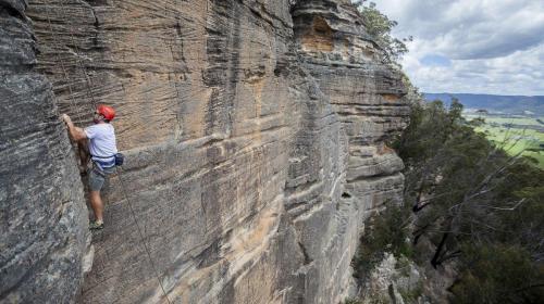 Climbing-011