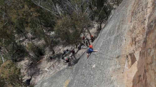 Climbing-012