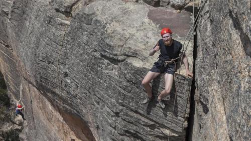 Climbing-017