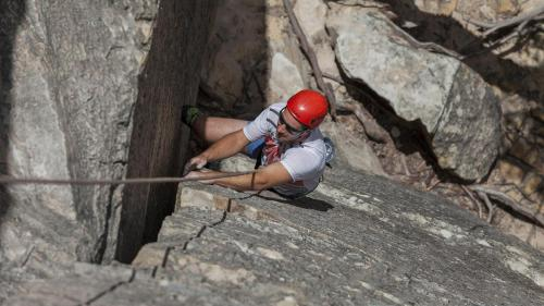 Climbing-021